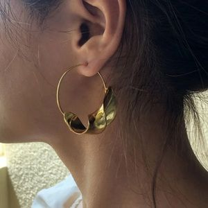 Gold twisted crescent Hoop Earring